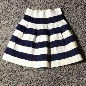 NESLAY Designer | NWT | white & blue stripe| skirt